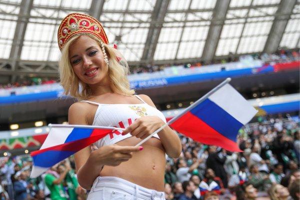 «Самая красивая болельщица» России отрицает съемки в порно после громкого скандала